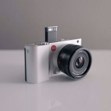 صورة Leica T Mirrorless Digital Camera